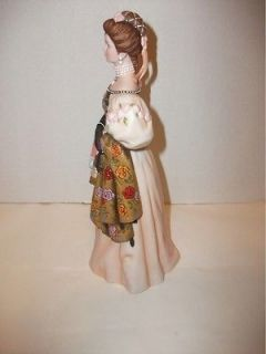 Exclusive Avon Mrs Albee Award Figurine 2000