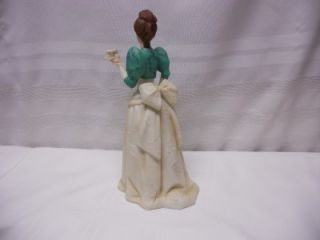 Avon Mrs Albee Award Figurine 1995 President's Club