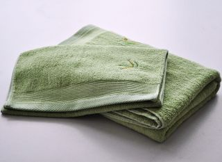 2 PC Gift Towel Set Bamboo Fiber Embroidered Bamboo Leaf Bath Hand Face Towels