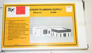 Me Micro Engineering Co HO Scale Petroff Plumbing Supply Plastic Building Kit
