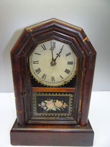 Antique Working Wooden New Haven Clock Co 8 Day Striking Pendulum Mantle Clock