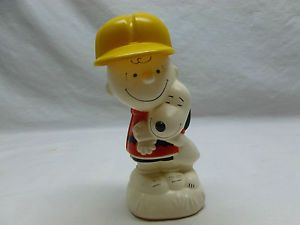 Vtg Retro Charlie Brown Snoopy Peanuts Avon Decanter Bottle Figurine Collectible