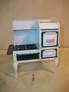 Nice Dee's Delights Miniature Dollhouse Furniture Cast Iron Roper Kitchen Stove
