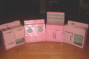 4 Piece Vintage Tico Pink Barbie Doll Furniture Kitchen