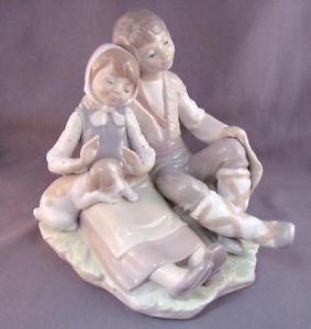 Lladro Figurine 1230 Friendship 1st Backstamp Boy Girl Dog