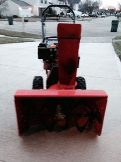 "Ariens 24"" Gas Snowblower Snow Blower Excellent Condition"
