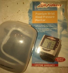 Life Fitness Blood Pressure Monitor 3AX1 4U LF 344536