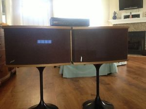 Bose 901 Series 6 Speakers Equalizer Stands