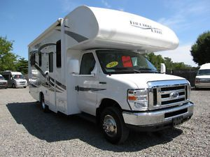 "2013 Thor Freedom Elite 23U Class C Ford motorhome 24'10"" Low Mileage"
