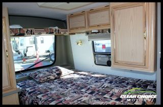 1996 Winnebago Rialta 21' Volkswagen camper Van Like New Sleeps 4 Low Mile