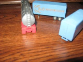 HO Scale Semi Truck Trailer Tanker Model Train Accessories