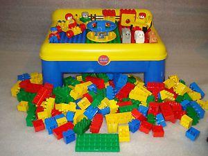 Toddler Mega Bloks Building Block Table 175 Duplo Lego Blocks Bricks Lot