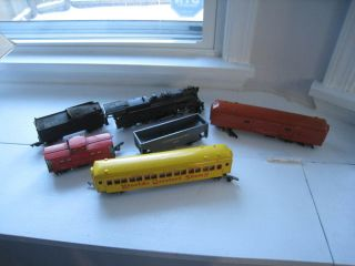 Vtg Lot of American Flyer Train Set Cars Engine New Haven 718 Circus