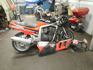 GSXR 1100 Parting Out 1989 GSXR 7 11 1989 GSXR 750 1127cc Engine No Carbs