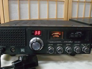 Realistic TRC 490 Navaho Base Station CB Radio SSB