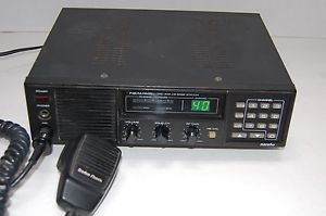 Realistic Radio Shack TRC 434 Navaho 40 Channel CB Base Station Radio