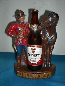 Vintage Drewrys Old Stock Ale Chalk Statue Bottle Holder Mountie Horse Red Label