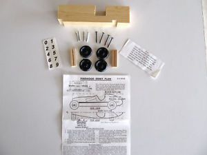 Vintage Pinewood Derby Race Car Kit Complete New in Box