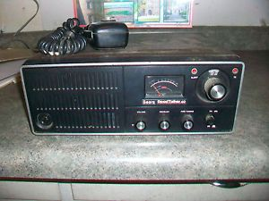 Roadtalker 40 Base Station CB Radio with Mic