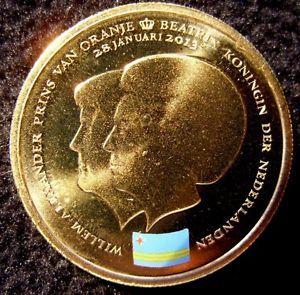 2013 UNC 5 Aruba Florin coin Change of Throne Queen Beatrix to King William