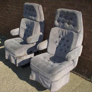 Econoline tradewinds van bluish gray cloth front seats captain chairs