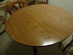 Ethan Allen Baumritter Maple Dining Table and Four Chairs Made in Vermont