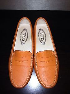 Woman Tods Driving Shoes
