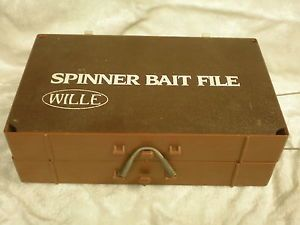 Willie Spinner Bait File Tackle Box Includes Fishing Lures Andy Reekers St Paul