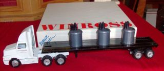 Reading Electric Flatbed Coils Winross Truck