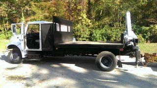 97 4700 International Flatbed Crane Truck Under CDL