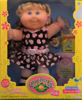 Cabbage Patch Kids Doll Layla Annie Light Blonde Hair Blue Eyes Teeth June 8th