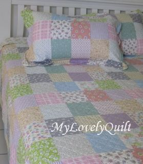 Soft Multicolor Patches Quilted Queen Quilt Set w Shams