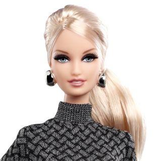 2013 The Barbie Look Brunette Blonde Dolls Plus Winter Ski Party Fashion