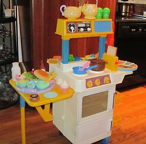 Vintage Fisher Price Fun with Food Kitchen Loaded with EXTRAS Food Dishes