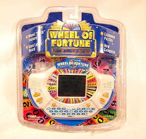 New Tiger Electronic Wheel of Fortune Deluxe Cartridge LCD Handheld Video Game