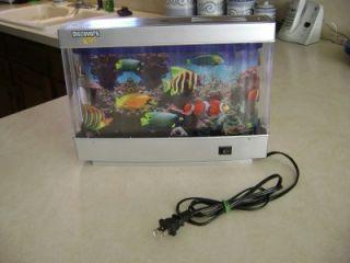 Fish Aquarium Faux Electric Plug in Moving Night Lite