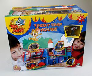 Kids Tom and Jerry Tricky Trap House Play Set Toy New