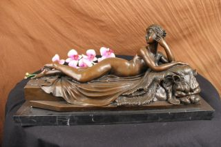 Sign Canova Nude Woman Laying on Lion Head Chair Bronze Sculpture Marble Statue