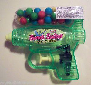Kidsmania Sweet Soaker Candy Filled Dispenser Green Water Squirt Gun Toy Boy New