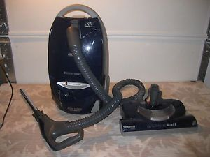 Kenmore 116 Canister HEPA Vacuum Cleaner 360 Hose Wand Head Works Read Desc