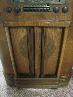 Vintage Art Deco RCA Eye Tube Multi Band Console Radio Model K 80 Push Buttons