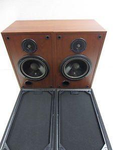 "Infinity SM82 Studio Monitor 8"" 2 Way Stereo Bookshelf Speakers Set of Two L K"