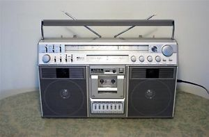 Tol RARE Aiwa 990 Ghettoblaster Boombox Nice Am FM SW Meters Huge Vintage NR