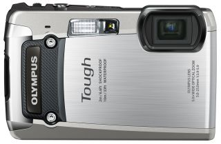 NEW OLYMPUS TOUGH TG 820 DIGITAL CAMERA SILVER W/CASE 8GB SD CARD