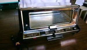 Vintage GE General Electric Toaster Oven Broiler A12 T93B
