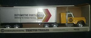 Nylint Napa Automotive Parts Tractor Trailer Truck