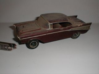 AMT 1957 Chevy Barn Find Great Diorama Car 1 25