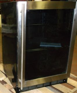 Magic Chef Vissani MCBC58DST 5 8 CU ft Wine and Beverage Cooler No Shipping