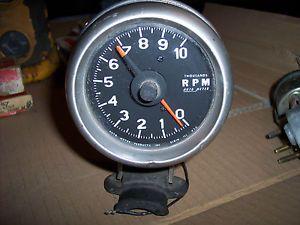 Vintage Auto Meter Tachometer Tach 570 Competition Rat Rod Street Bogger Gauge