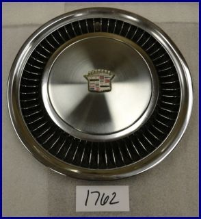"""75 76 77 78 79 Cadillac Calais DeVille Commercial Chassis 15"""" Hubcap Nice 2019"""